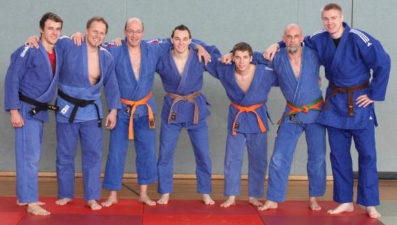 Von links: Matthias Rippa (-81 kg), Andreas Roth (+90 kg), Jürgen Kestenus (-90 kg), Matthias Kerler (-66 kg), Thomas Reichmann (-66 kg), Sascha Mesemann (-81 kg), Jens Karpinski (+90 kg)