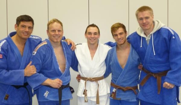 Das kleine aber feine Team (von links): Daniel Drogosch (- 90 kg), Andreas Roth (+ 90 kg), Matthias Kerler (- 66 kg), Willi Dill (- 73 kg) und Jens Karpinski (- 90 kg)